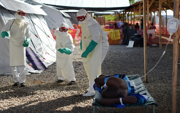 Image: TOPSHOTS-SLEONE-HEALTH-EBOLA-WAFRICA