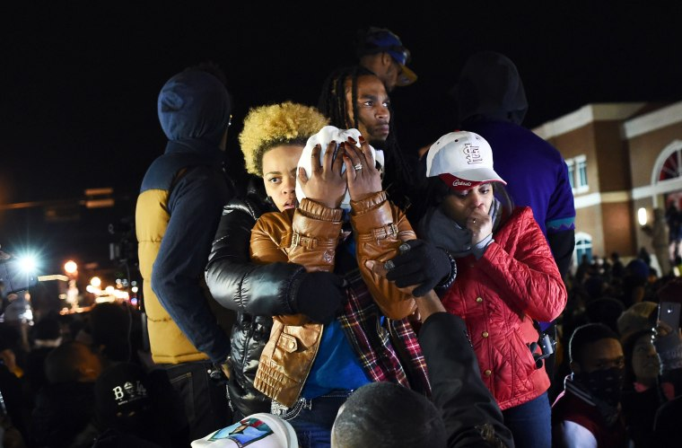 Image: TOPSHOTS-US-CRIME-POLICE-RACE-UNREST