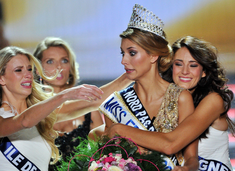 Image: TOPSHOTS-FRANCE-ENTERTAINMENT-BEAUTY-CONTEST-MISS-2015