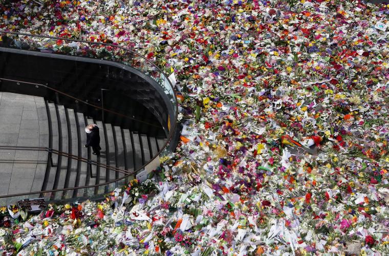 Image: Australia seeking answers over security lapse on cafe gunman