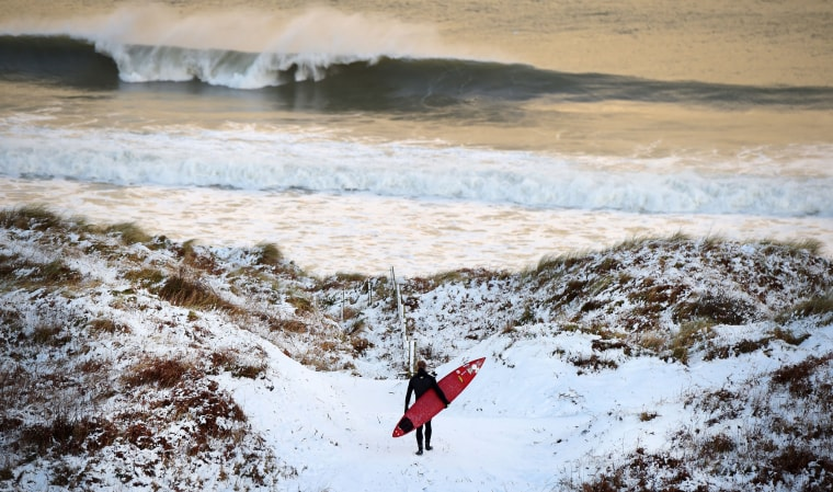 Image: *** BESTPIX *** Snow And High Winds Hit The UK