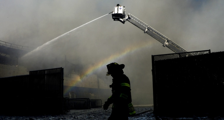 Image: Warehouse fire in Brooklyn, New York