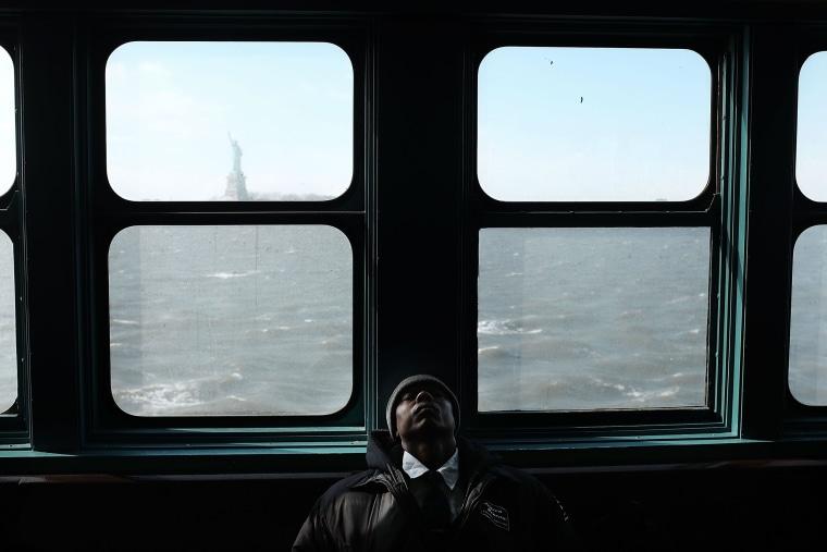 Image: ***BESTPIX*** Arctic Cold Weather Chills New York City