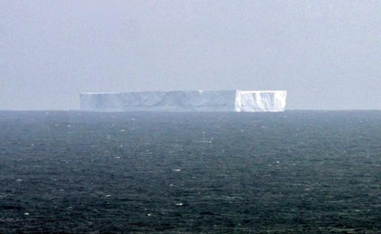 Theiceberg off Macquarie Islandis seen on Nov. 6.