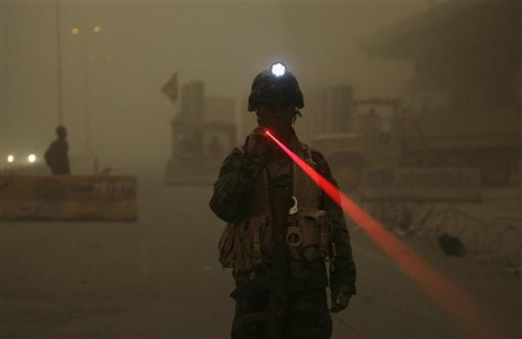 APTOPIX Iraq Sandstorm