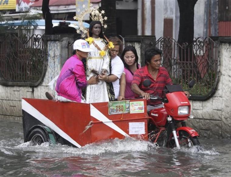 APTOPIX Philippines Storm