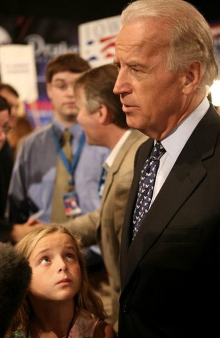 Democrats Debate Biden 2008