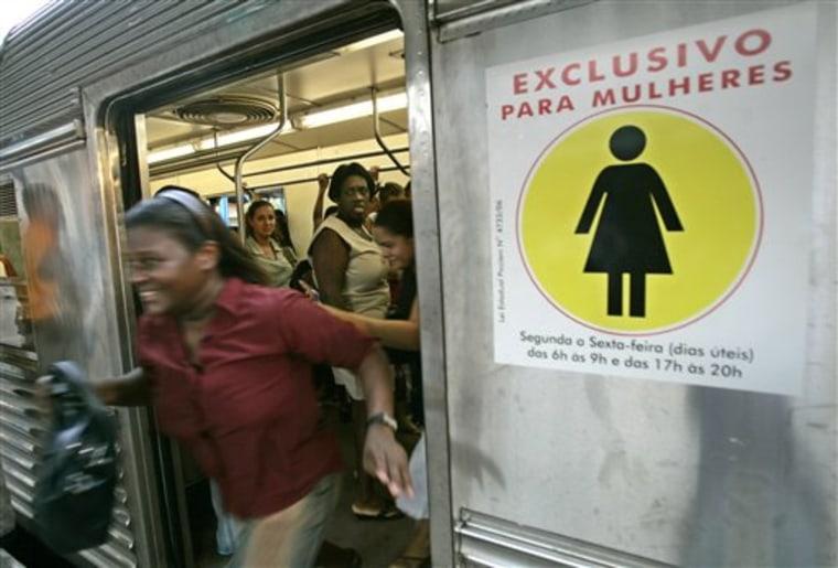 BRAZIL WOMEN ONLY BUSES