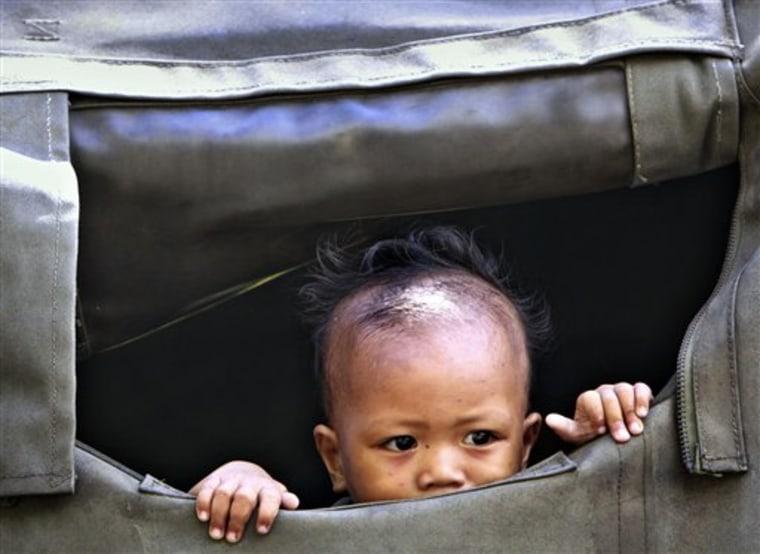 APTOPIX Philippines US Typhoon Aid
