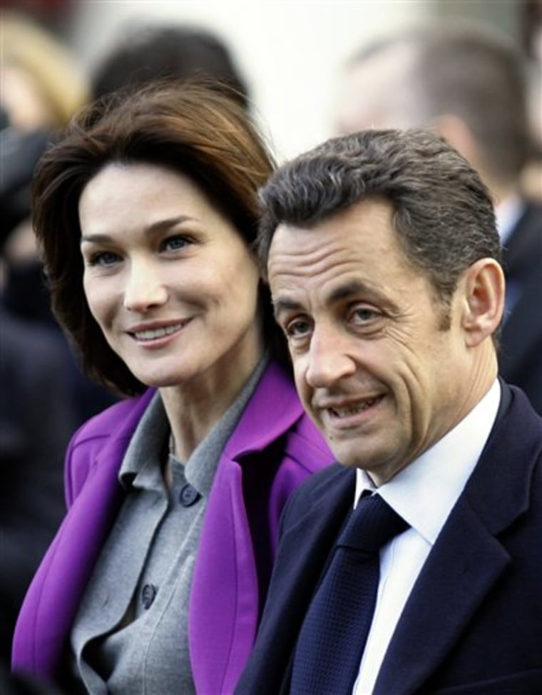 Nicolas Sarkozy and Carla Bruni-Sarkozy of France