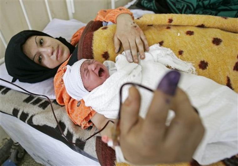 APTOPIX Iraq Election Early Voting