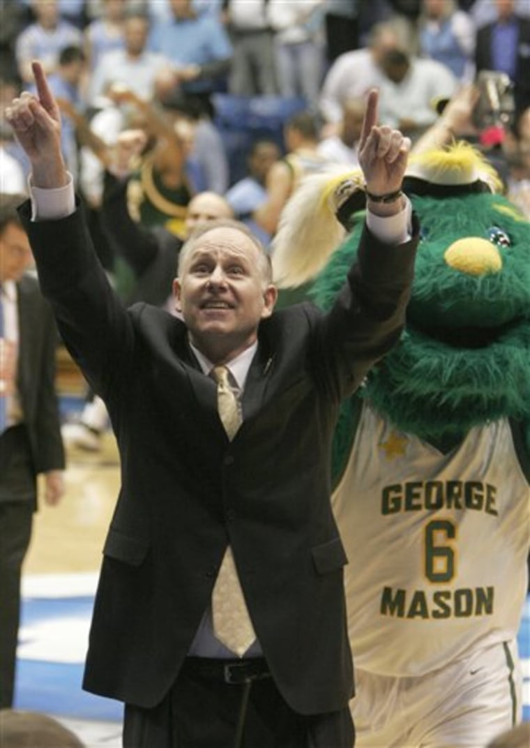 NCAA GEORGE MASON NORTH CAROLINA BASKETBALL