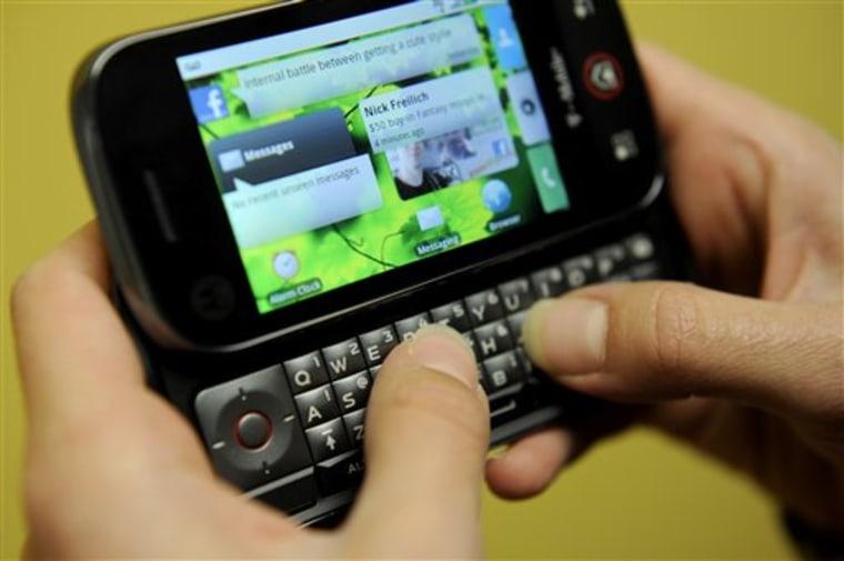 Digital Life Tech Test Motorola Cliq