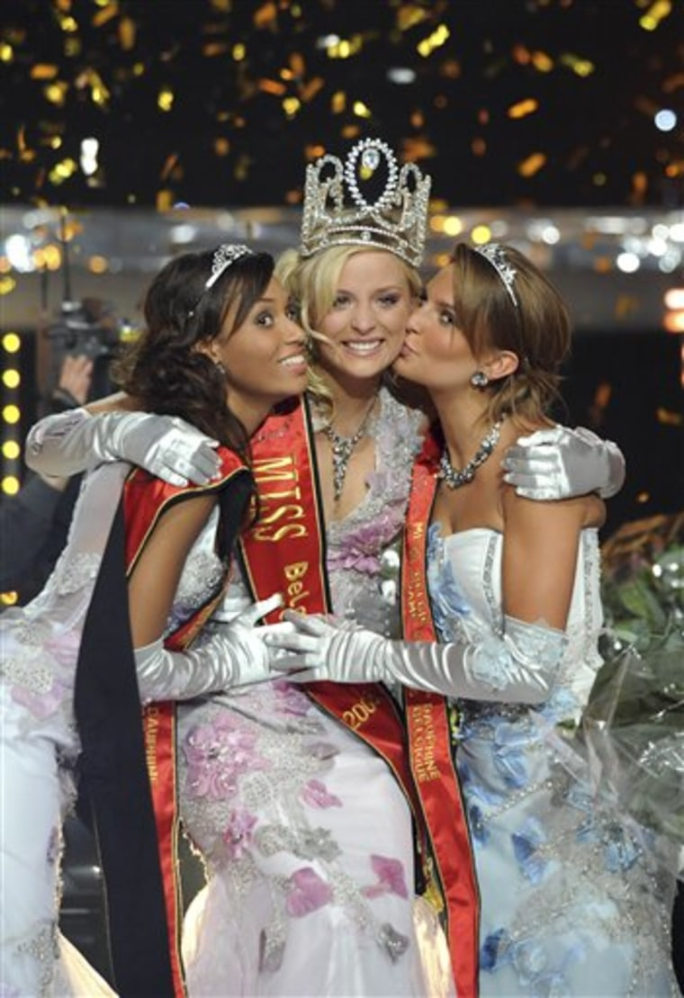 Newly crowned Miss Belgium Alizee Poulicek in the middle.