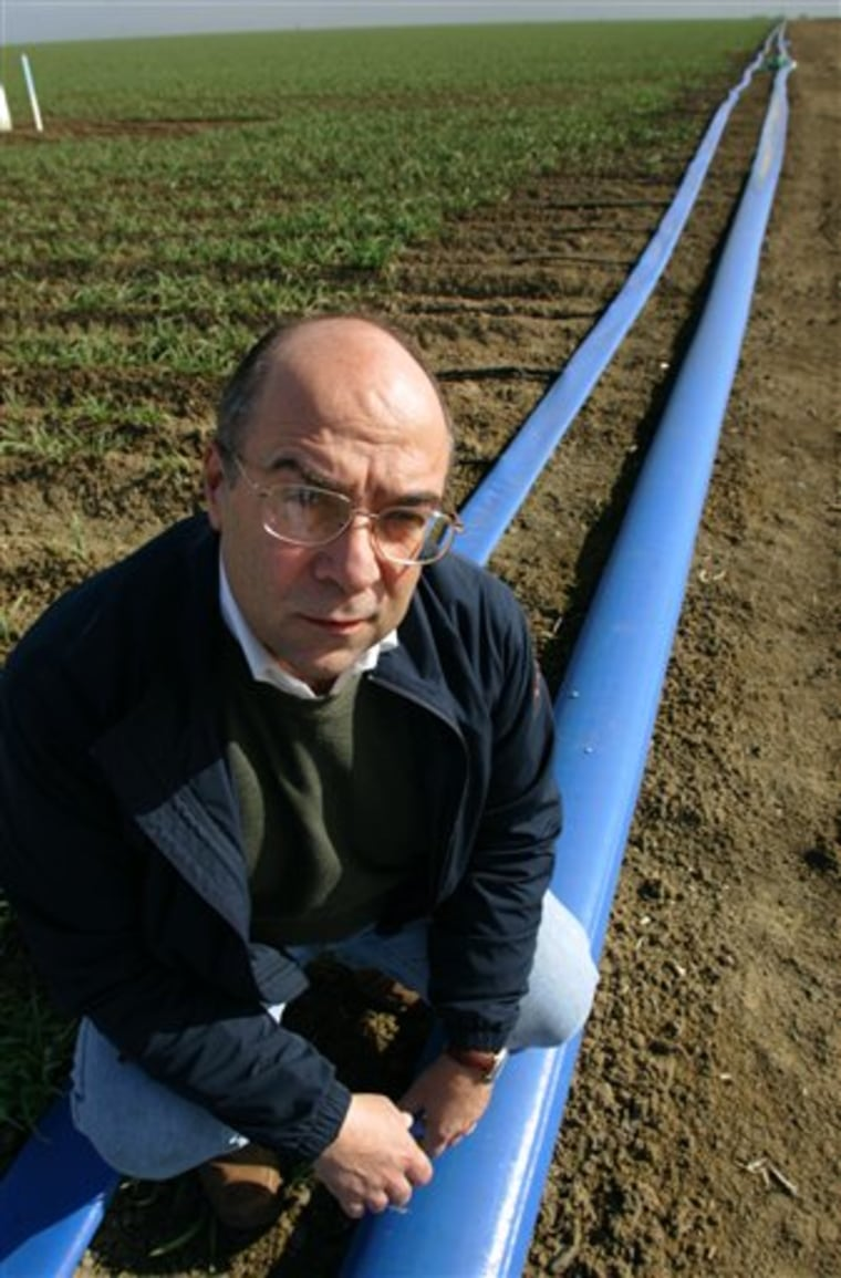 Subsidizing Thirsty Crops