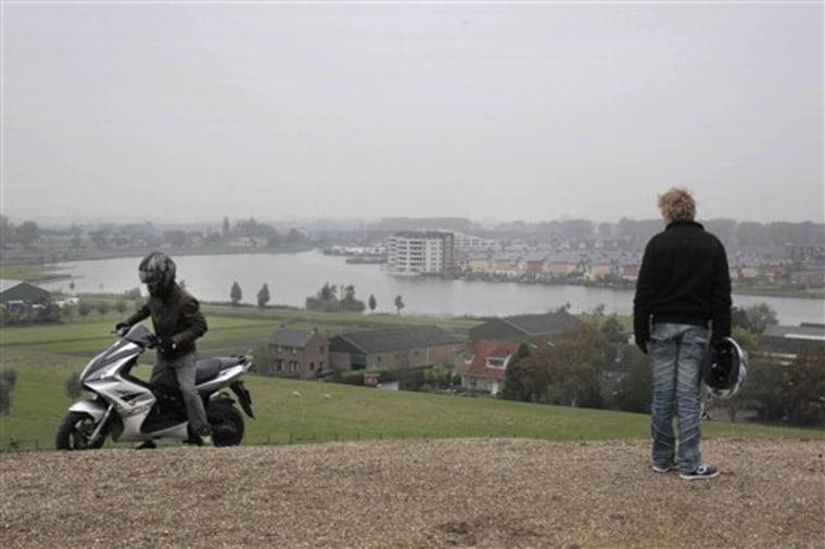 NETHERLANDS CARBON DIOXIDE  TOWN