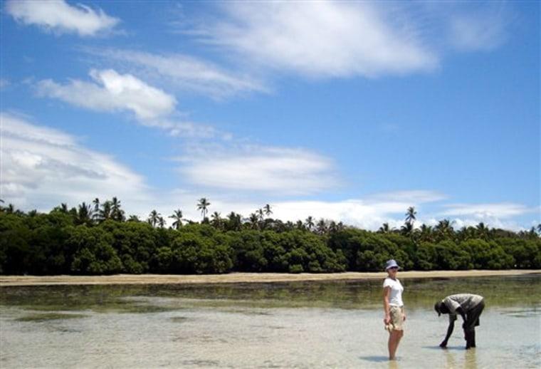 TRAVEL TRIP EAST AFRICA ISLANDS