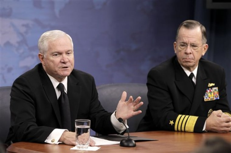 Mike Mullen, Robert Gates
