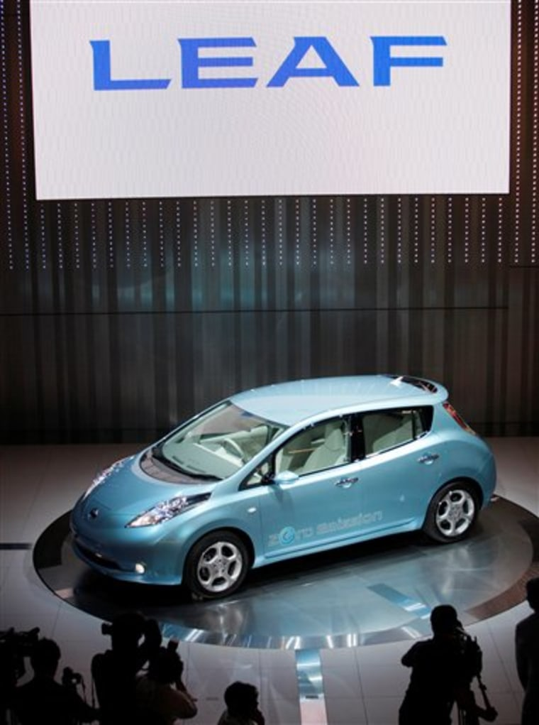 When Nissan Motor Corp.'s Leaf, expected to go on sale later this year, speeds up to 20 mph, it automatically will use a soft whirring sound that changes pitch as the car accelerates.