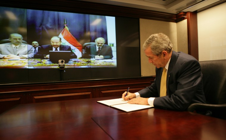 U.S.-Iraq Declaration of Principles for Friendship and Cooperation Signing
