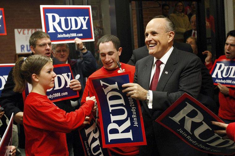 Giuliani Meets With Voters Ahead Of New Hampshire Primary