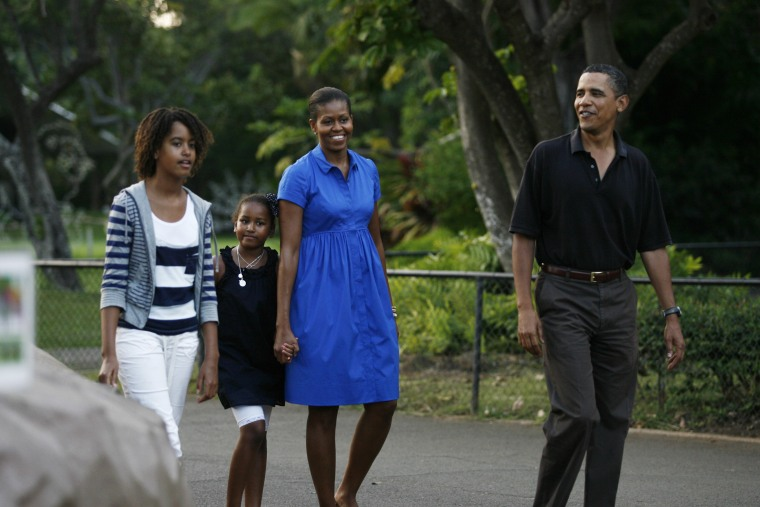 Obama Family Vacations In Hawaii