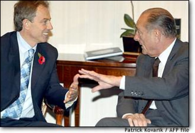 British Prime Minister Tony Blair, left, was all smiles while chatting with French President Jacques Chirac on Friday in Brussels. Hours later, the leaders had a big blowup over the EU budget.