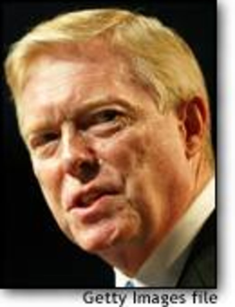 Dick Gephardt has sharpened his criticism of President Bush's Iraq policy.