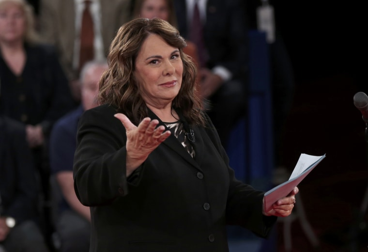 Debate moderator Candy Crowley before the start of during the second presidential debate in Hempstead, New York. (Photo: Reuters / Win McNamee)