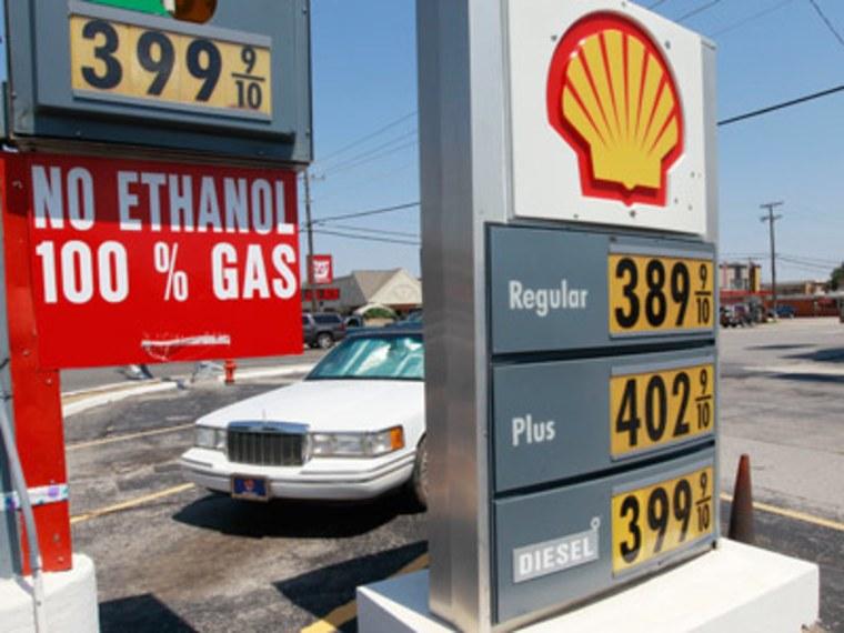 End-of-summer gas prices in Oklahoma City, Oklahoma. (Sue Ogrocki/AP Photo)
