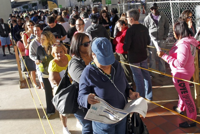 South Floridians standing in line during the last day of early voting in Miami. (Alan Diaz/AP Photo)