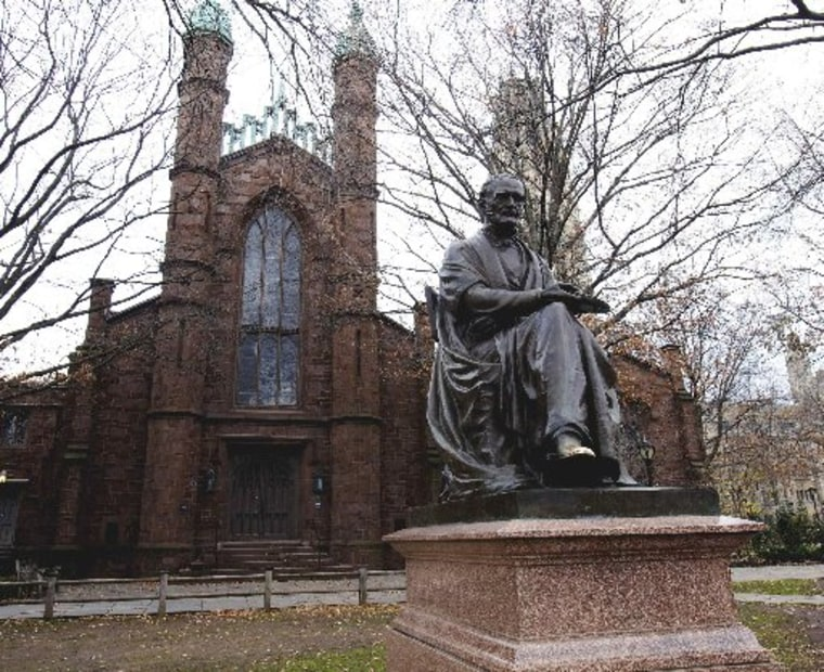 The Theodore Dwight Woolsey statue in front of Dwight Hall on the Old Campus at Yale University in New Haven, Connecticut, in this November 28, 2012 file photo. (REUTERS/Michelle McLoughlin)