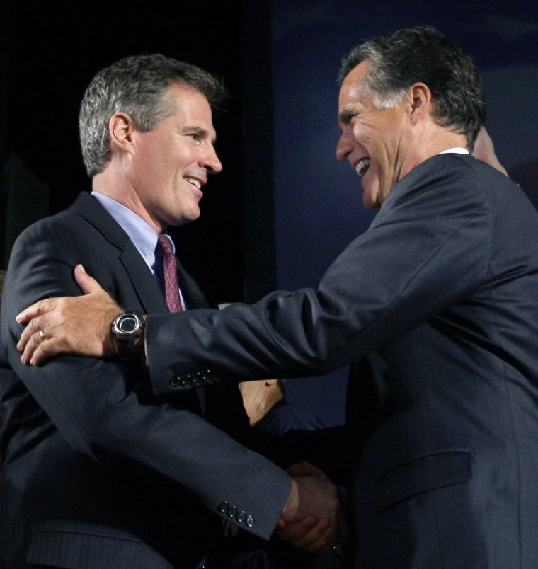 Scott Brown, Mitt Romney