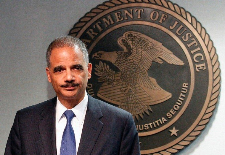 Justice won't prosecute Holder for contempt