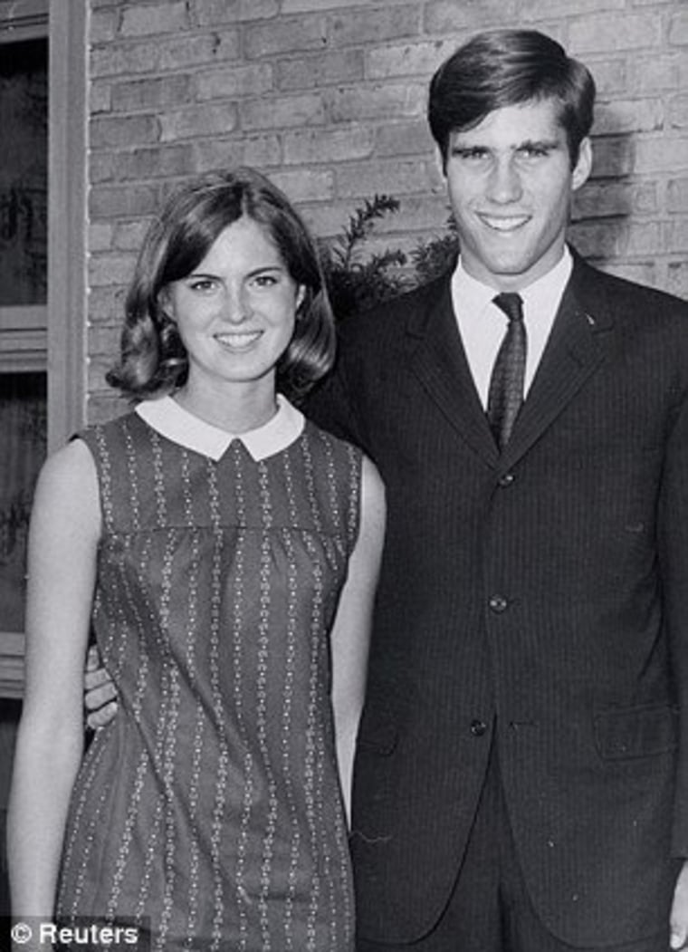 In 1994, Ann Romney described her life as financially 'struggling' college student