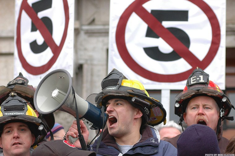 Right Wing Smear Report: Ohio Public Employees Getting Fat on your Dime