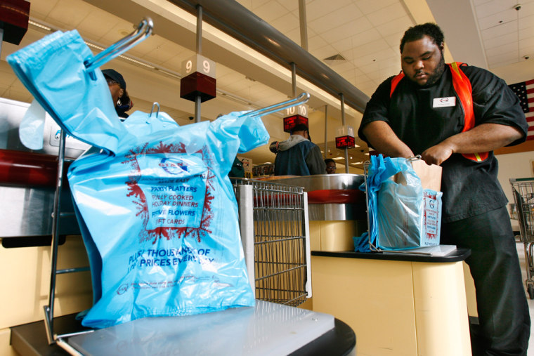 Hawaii first state to ban plastic bags at retail