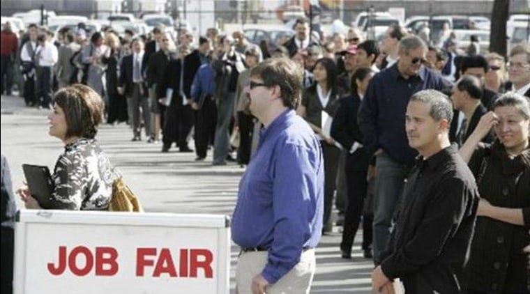 CBO: extended jobless benefits would boost economy