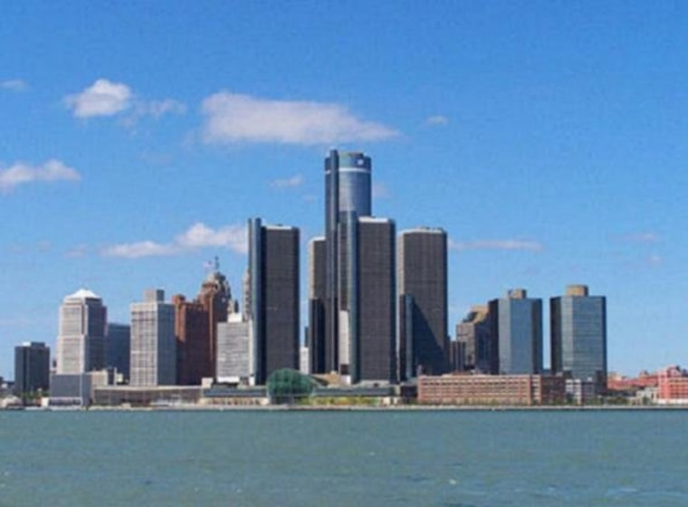 Romney still wishes policymakers had let Detroit go bankrupt.