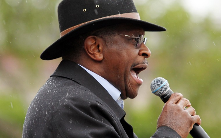 Cain #GetsOverIt, endorses Romney