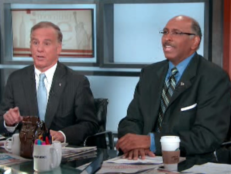 Howard Dean (l.) and Michael Steele (r.) agreeing to disagree