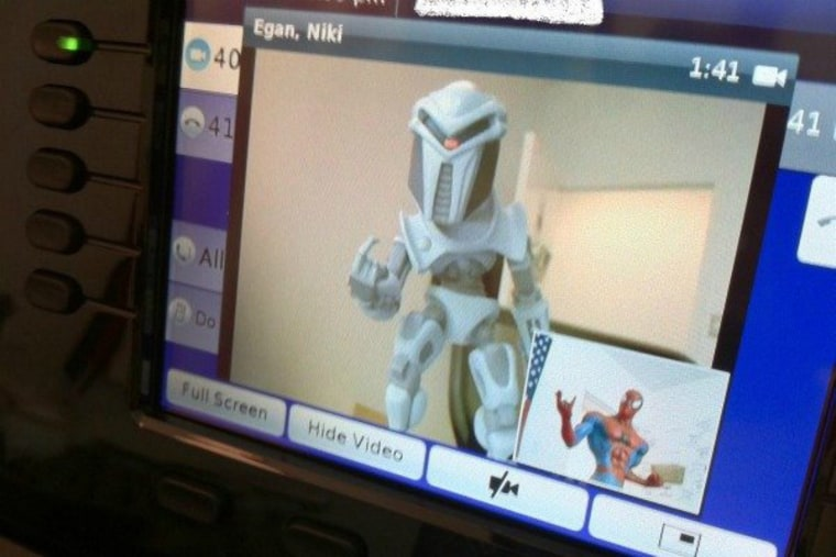 Cylon and Spidey chat on the fancy new Last Word videophones