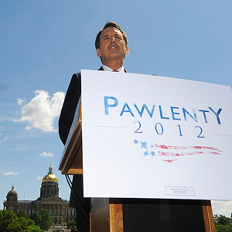Tim Pawlenty giving a speech in Des Moines, Iowa on Monday.