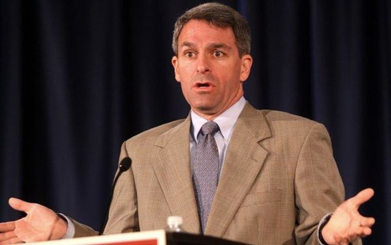 Cuccinelli struggles to steer clear of Virginia scandal