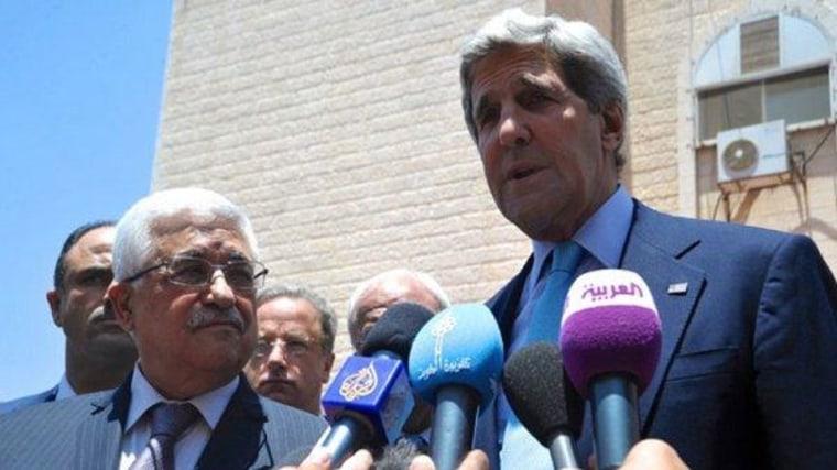 Kerry announces breakthrough on Mideast peace process