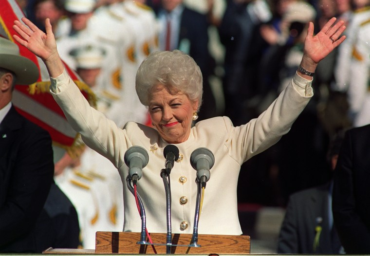 **FILE** Democratic Gov. Ann Richards thanks a crowd of supporters before conceding to Republican George W. Bush in this Tuesday, Nov. 8, 1994 file photo in Austin Texas. Richards, the witty and flamboyant Democrat who went from homemaker to national...