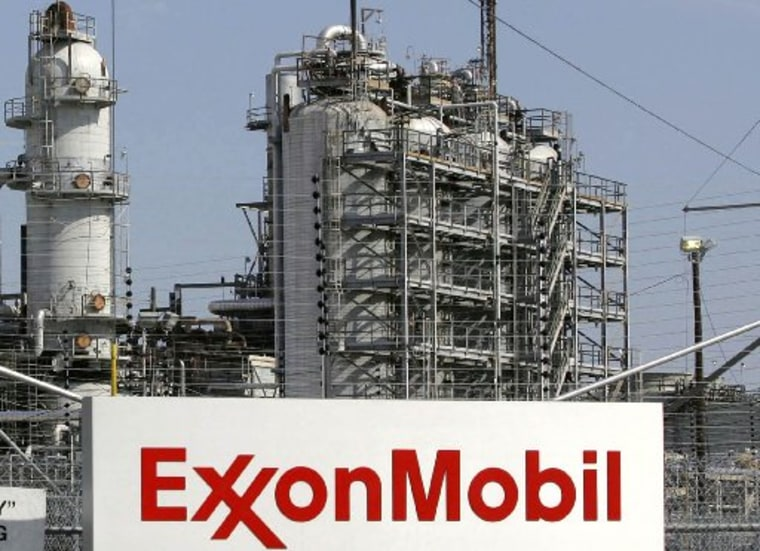 A view of the Exxon Mobil refinery in Baytown, Texas in this September 15, 2008 file photo.  About 30 percent of shareholders of both Exxon Mobil Corp and Chevron Corp backed calls for more disclosure surrounding their use of hydraulic fracturing May...