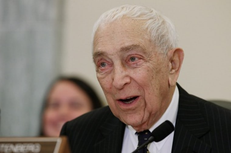 File photo: Sen. Frank Lautenberg (D-NJ, the oldest member of the Senate, has died at the age of 89 of viral pneumonia June 3, 2013. (Photo by: Chip Somodevilla/Getty Images)