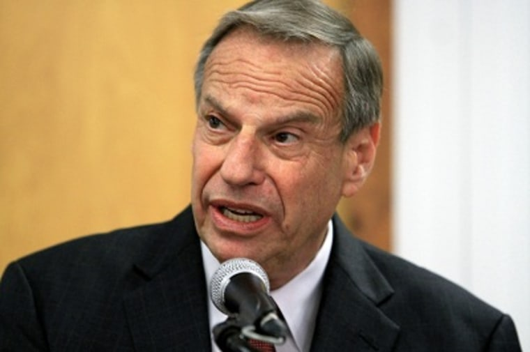 Mayor Bob Filner of San Diego speaks at a press conference announcing his intention to seek professional help for sexual harassent issues July 26, 2013 in San Diego, California. (Photo by Bill Wechter/Getty Images)