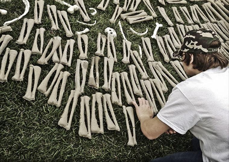 The One Million Bones installation on the National Mall in Washington DC, USA. June 8, 2013. (Photo Courtesy of Teru Kuwayama)